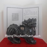 Tỳ hưu Bắc Kinh đen trung chiêu tài phát lộc BKD M
